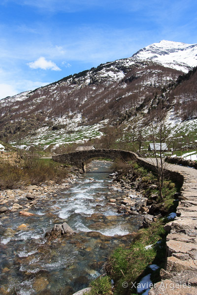 Pont de Nadau dans le cirque de Gavarnie