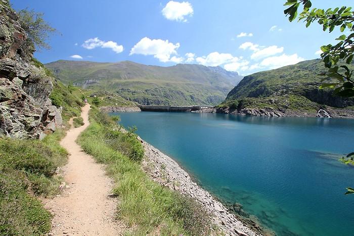Lac des Gloriettes / Xavier Argeles