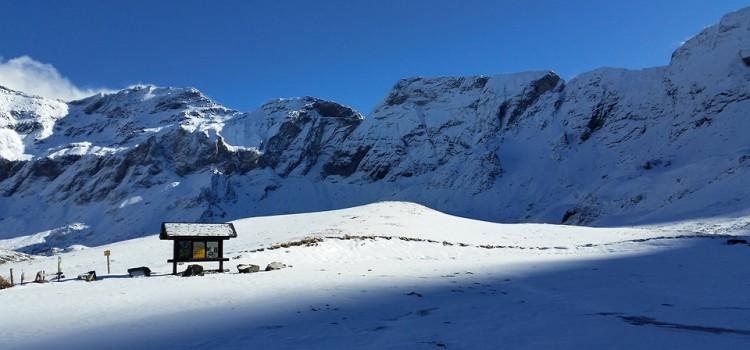 Cirque de Troumouse : randonnée dans la neige
